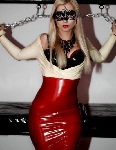 London_Mistress_Wildfire-13