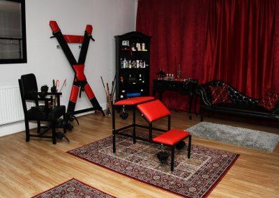 Mistress Wildfire BDSM playspace London