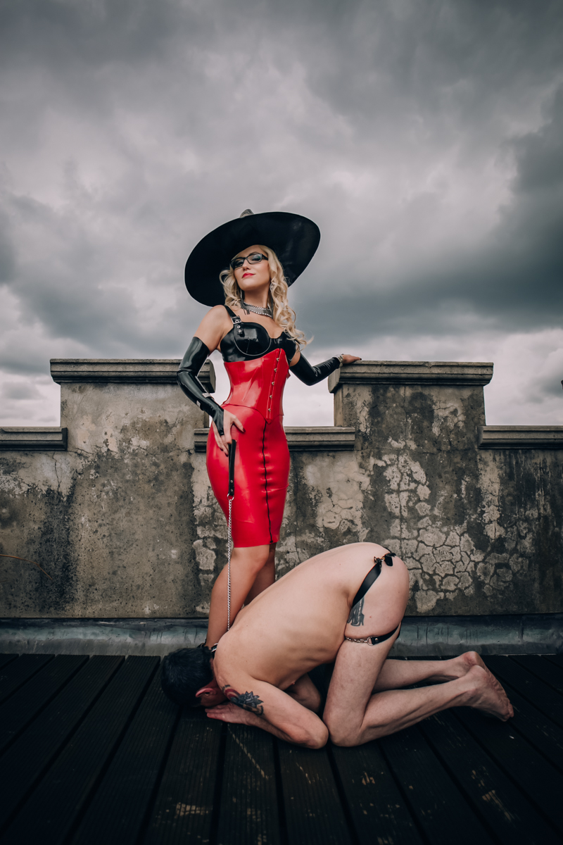 dominatrix photography fetish webmistress miss may