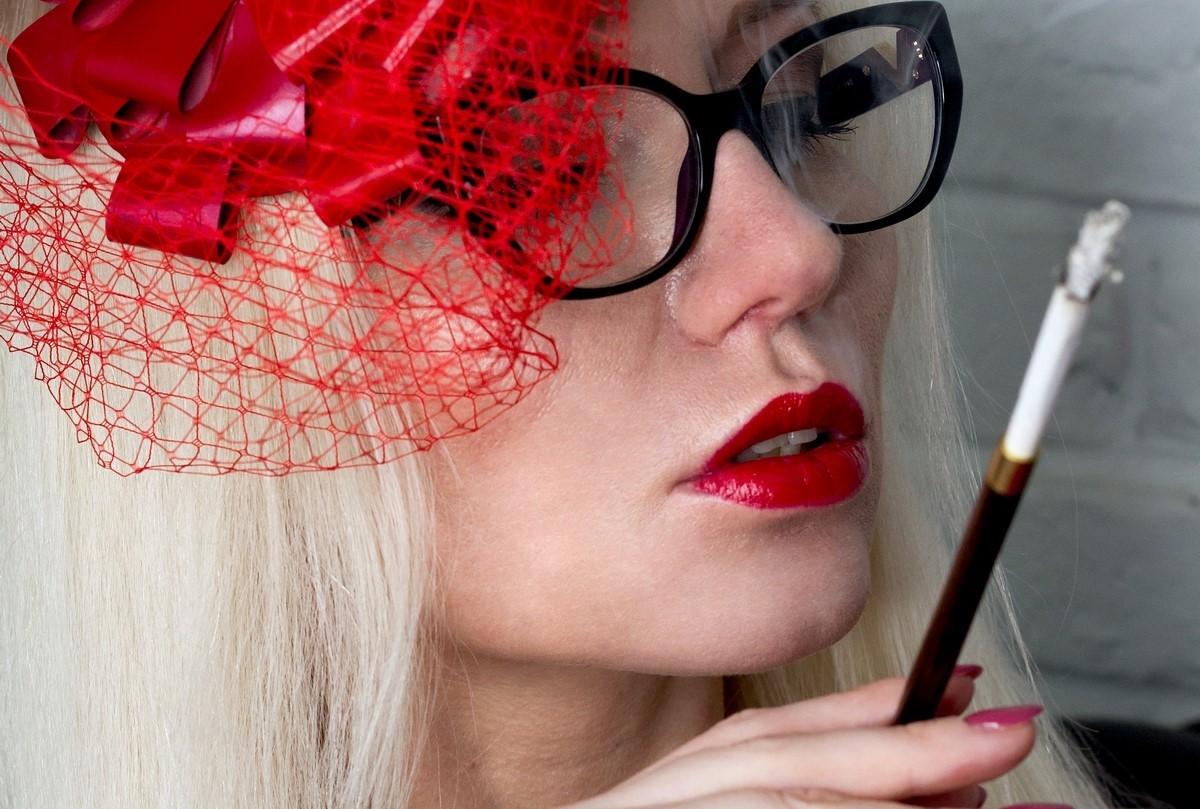 Smoking Mistress London